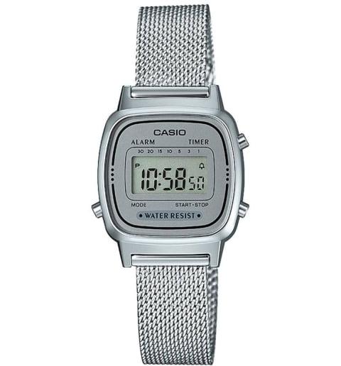 Casio Collection LA-670WEM-7E