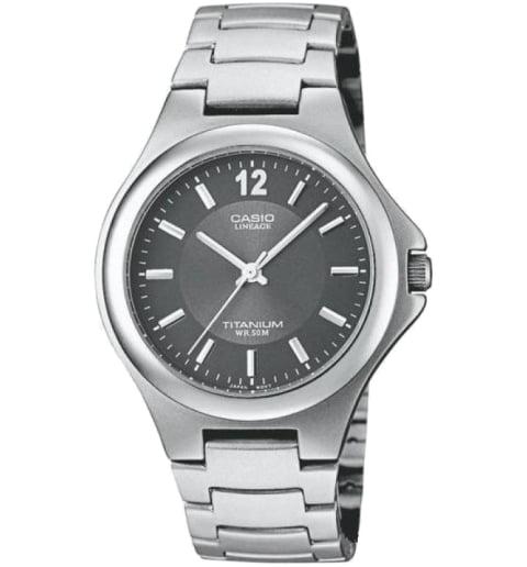 Часы Casio Lineage LIN-163-8A в титановом корпусе